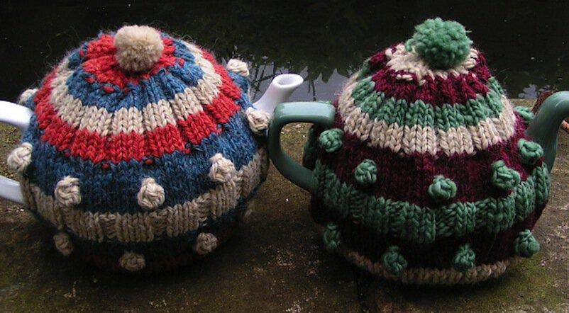 Celmentine tea cozy