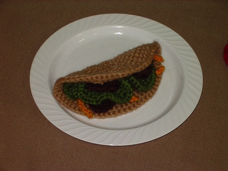 Crocheted tacos