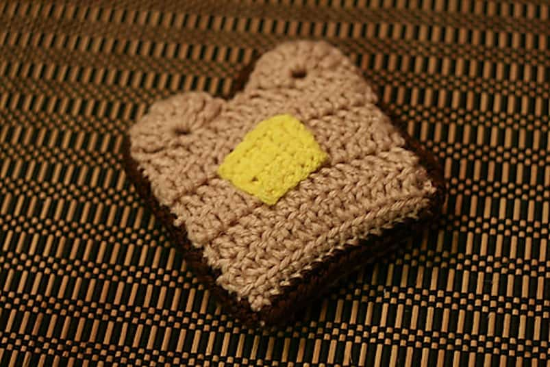 Crocheted toasted with butter