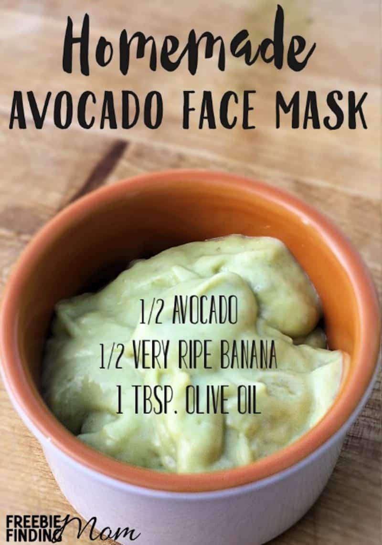 Moisturizing avocado face mask