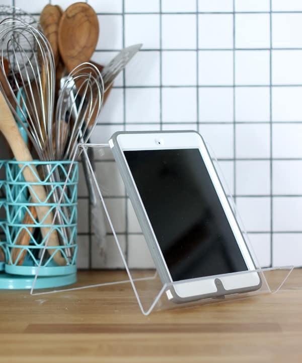 Plexiglass phone stand