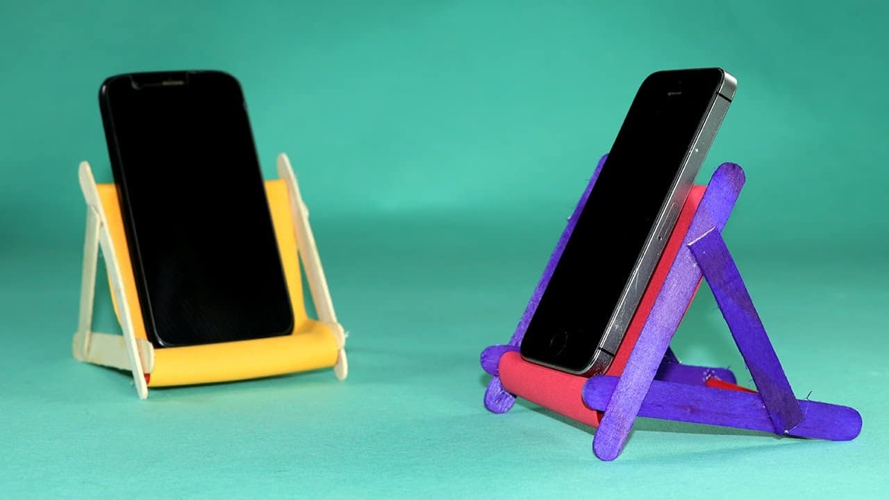 Popsicle sticks phone stand