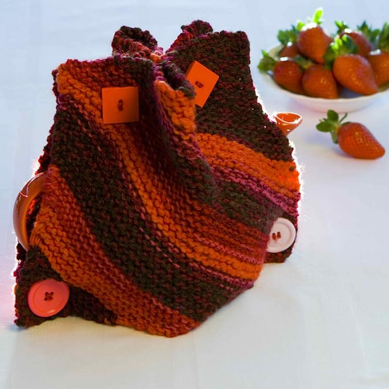 Red Comet tea cozy