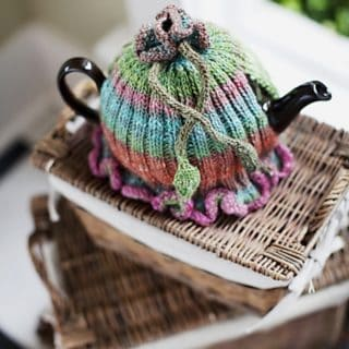 A Warm and Toasty Affair: 14 Adorable Knitted Tea Cozies