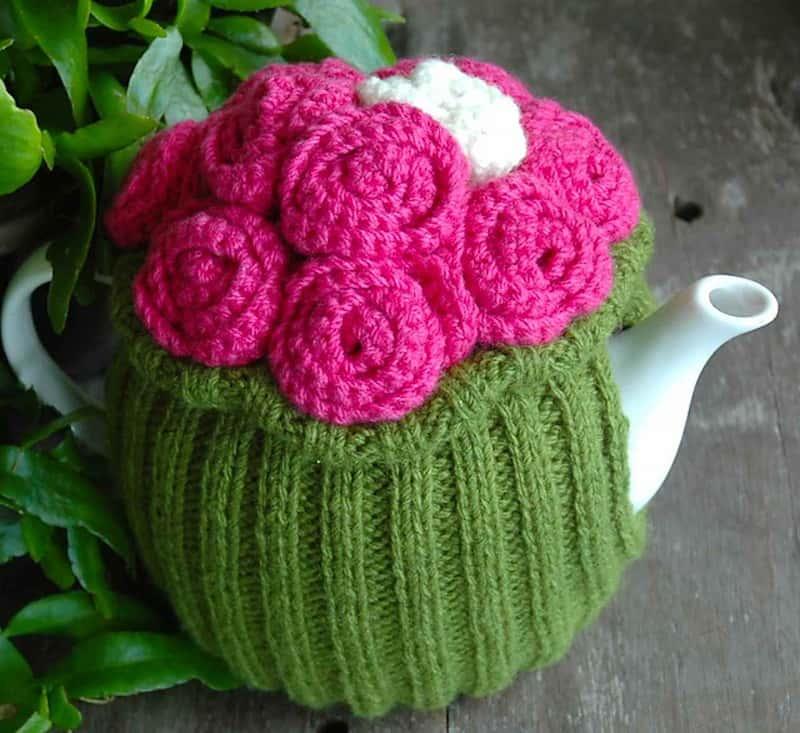 Rosie Posy tea cozy
