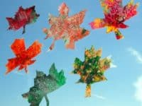 Leaf and crayon sun catchers 200x150 Pretty Crafts Involving Leaves