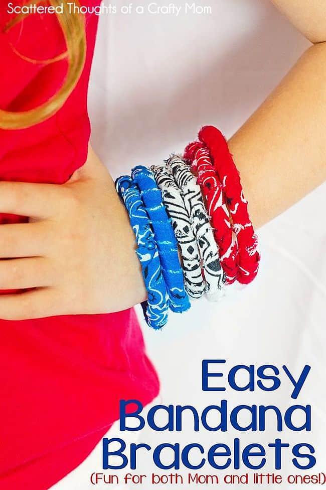 Simple no-sew bandana bracelets