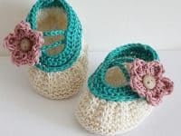 Apple blossom baby booties 200x150 Cute and Comfy Attire: 15 Knitted Baby Bootie Patterns