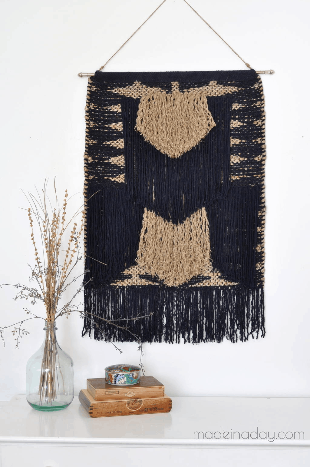 DIY no-weave tapestry