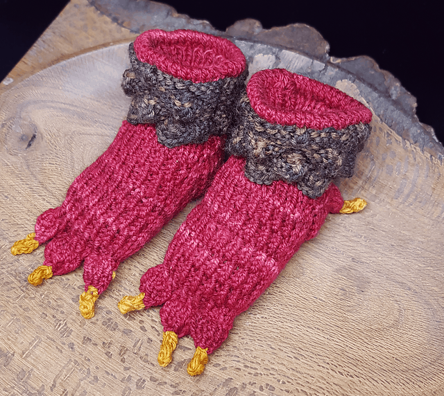 Dragon baby booties