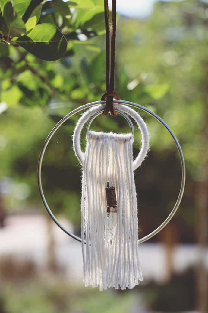 Hoop and yarn hanger