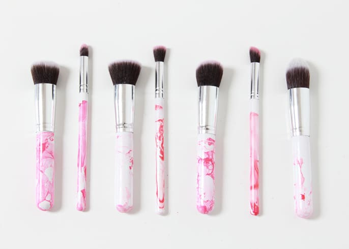Marbled makeup brushes