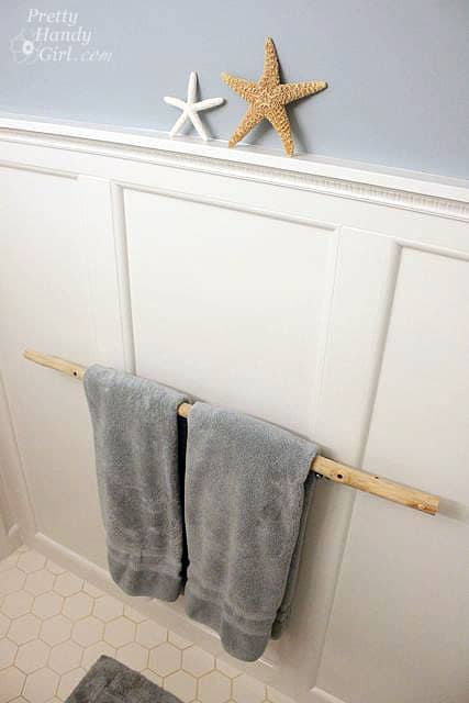 Tree branch towel rack