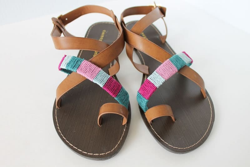Embroidery wrapped sandals
