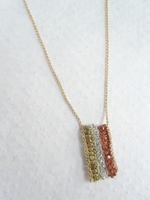 Triple colour beaded crochet necklace pendan