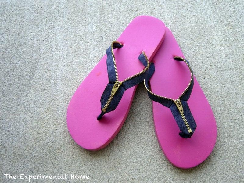 Zipper flip flops