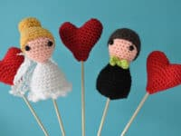 Amigurumi bride and groom 200x150 Handmade Gift for the Special Day: 15 Crocheted Wedding Gift Ideas
