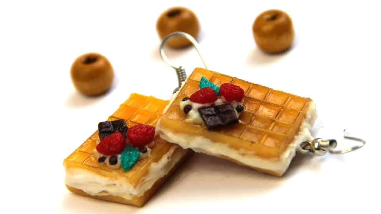 Breakfast earrings