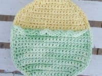 Easter duckie hot pad 200x150 Taking the Heat: Cool Knit and Crochet Hot Pads with Free Patterns!