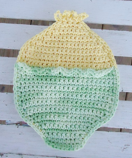 Easter duckie hot pad