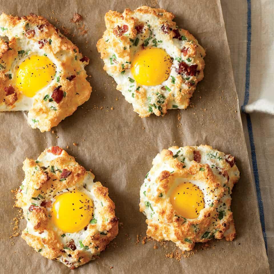 Eggs in cloud