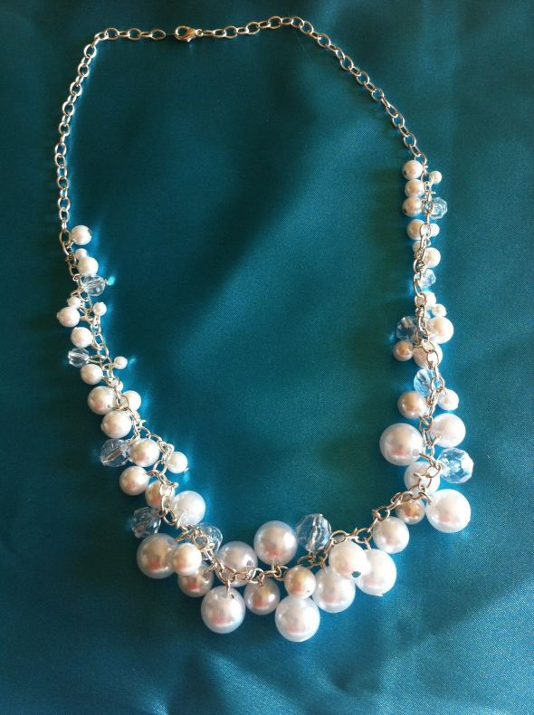 Interspersed pearls and clear beads
