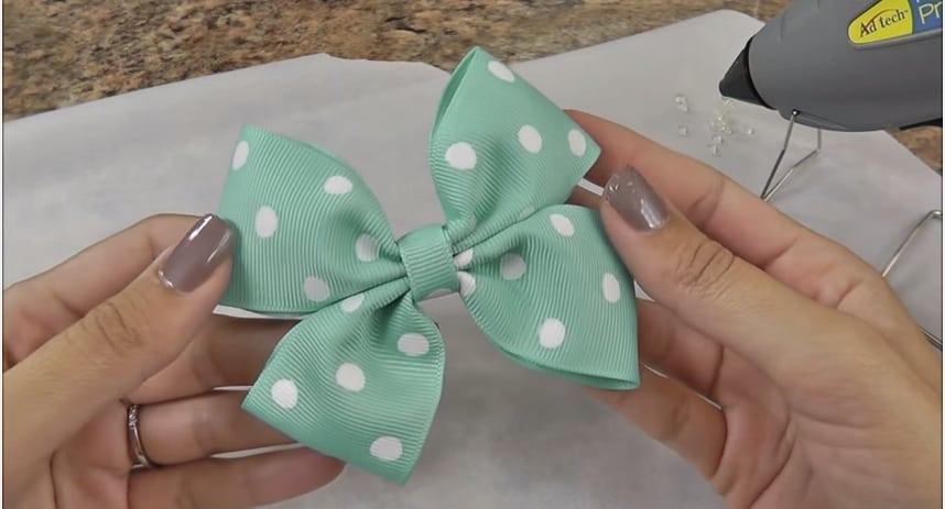 Mint hair bow