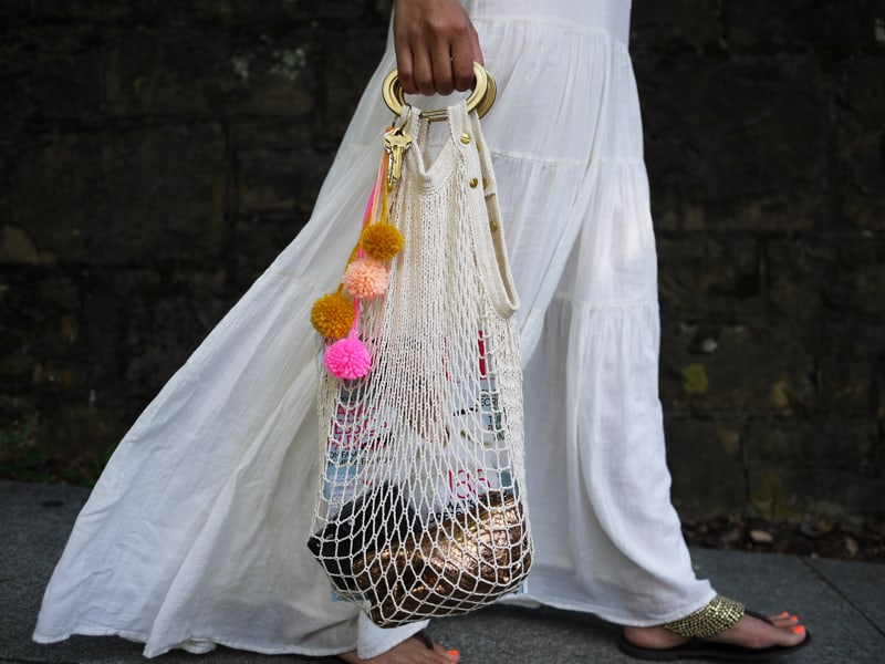 Netting bag with metal handles