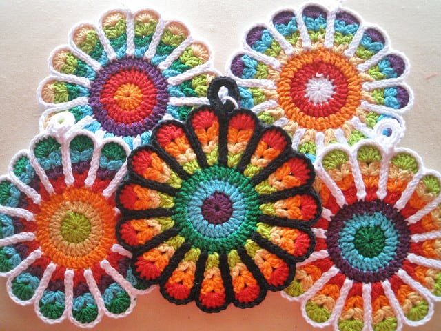 Outlined rainbow flower hot pads