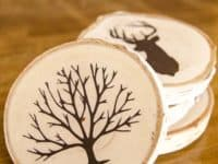 Painted wood slice coasters 200x150 Artistic Upcycling: 15 DIY Painted Wood Projects