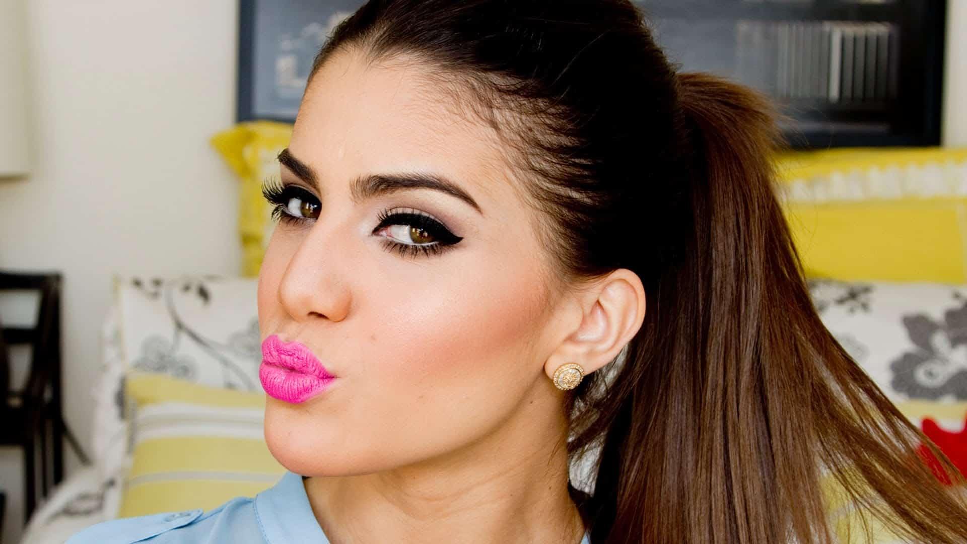 Playful pink lip