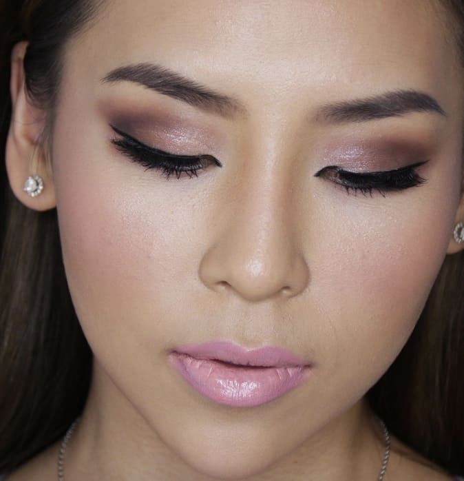 Soft pink lip