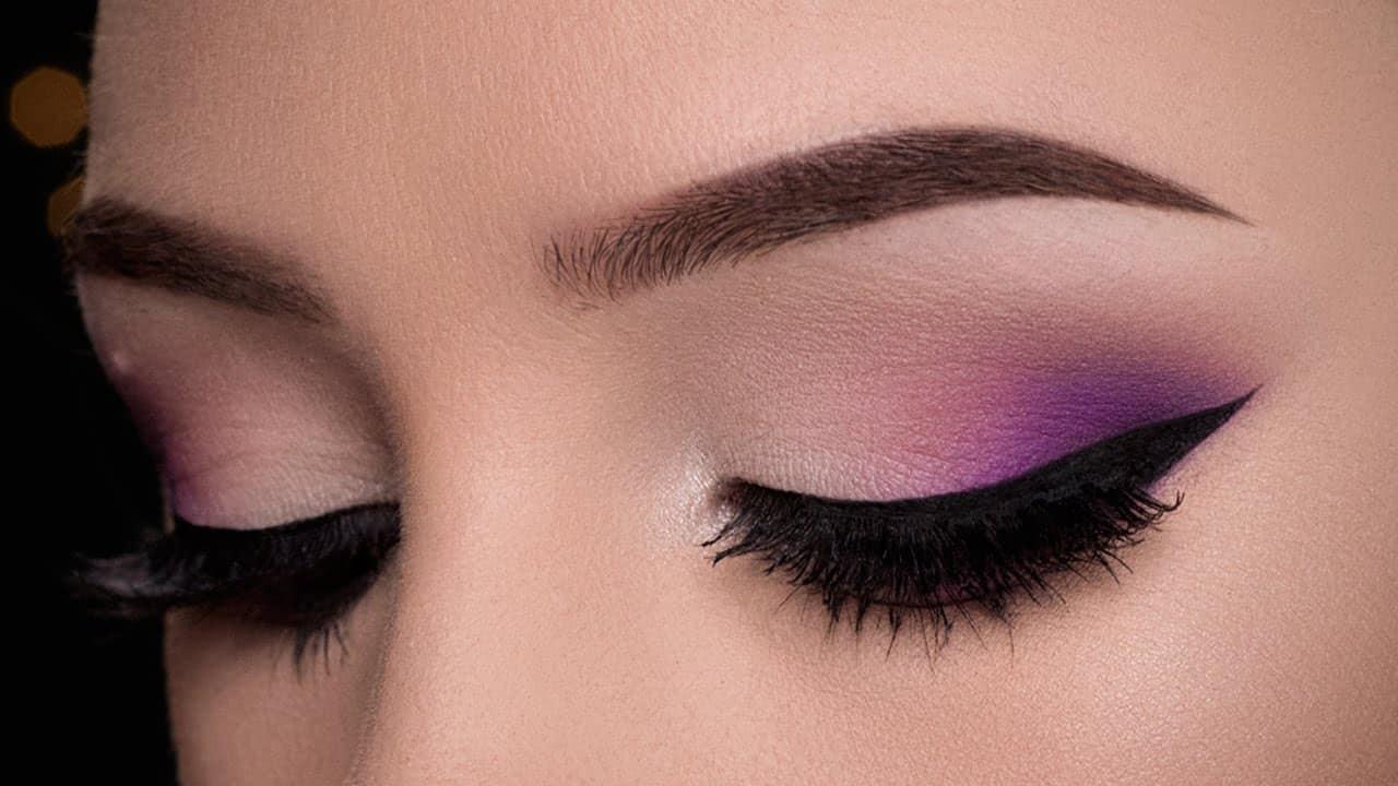 Subtle purple outer corner