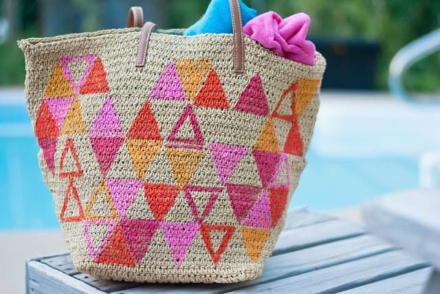 Triangle painted beach bag