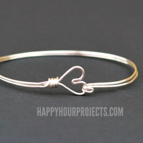 Wire heart bangle bracelet