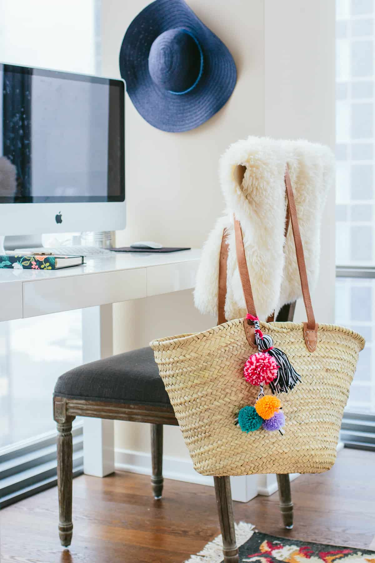 pom poms straw beach bag