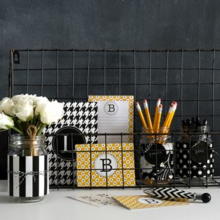 DIY Home Decor: The Elegance of Black and White