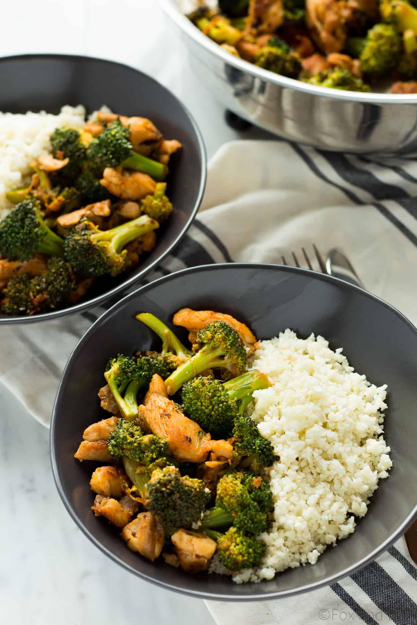 Buffalo chicken broccoli bowl