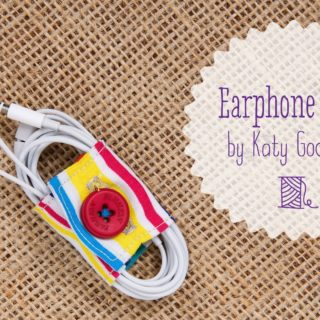 Say Goodbye to a Tangled Life: 13 DIY Earphone Holders!