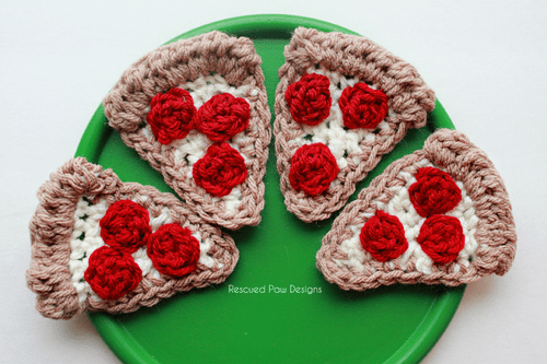 Crochet pizza
