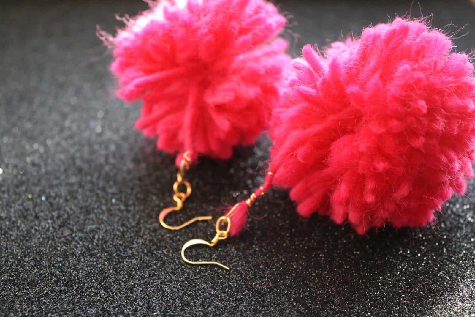 Just the pom pom earrings