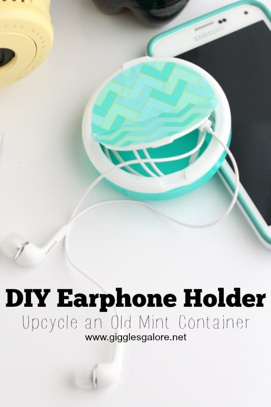Mint earphone holder