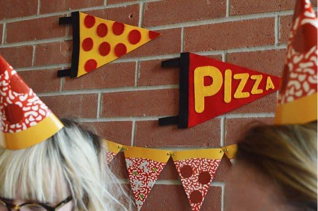 Pizza pennants
