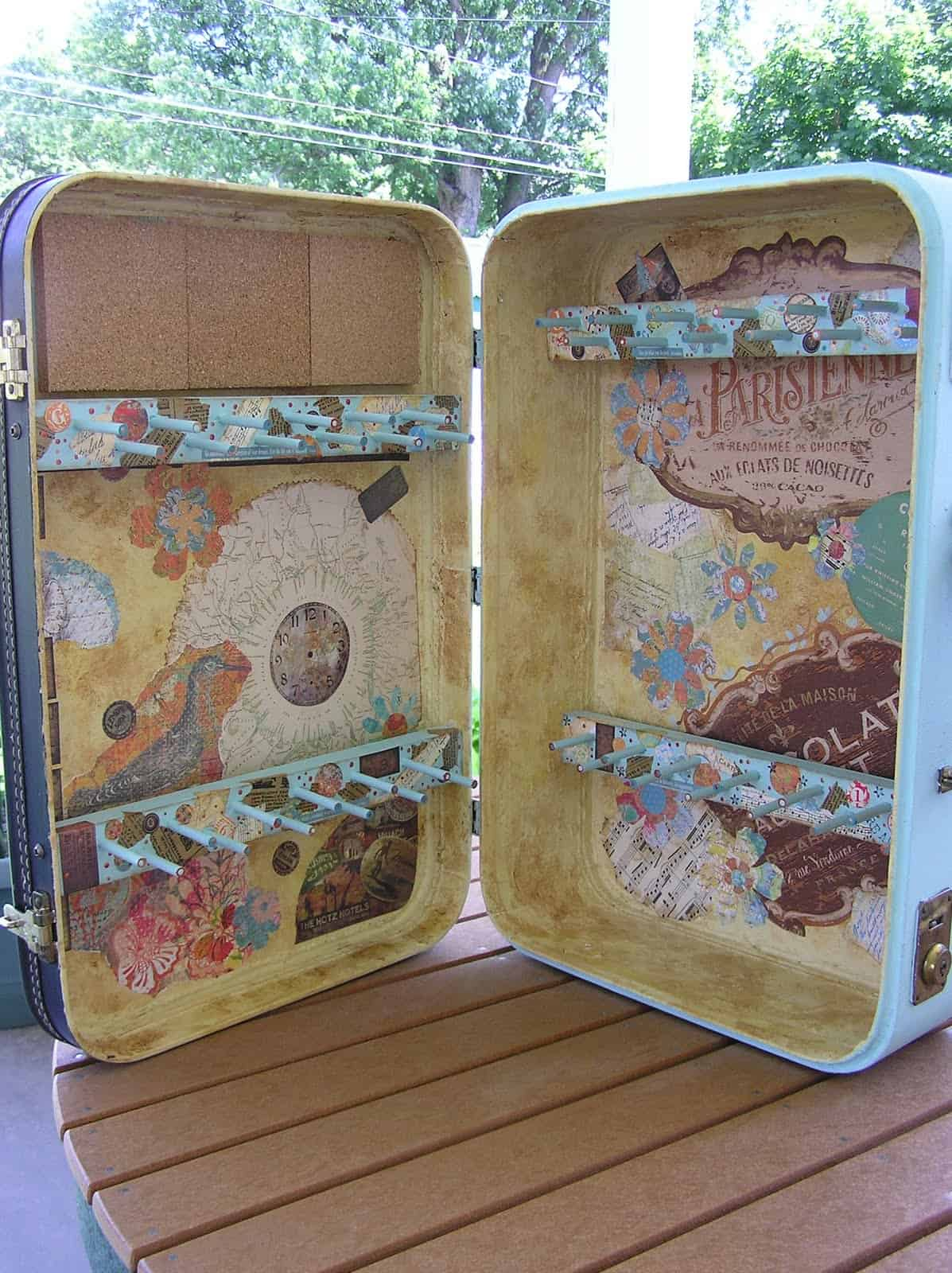 Pretty suitcase jewelry display