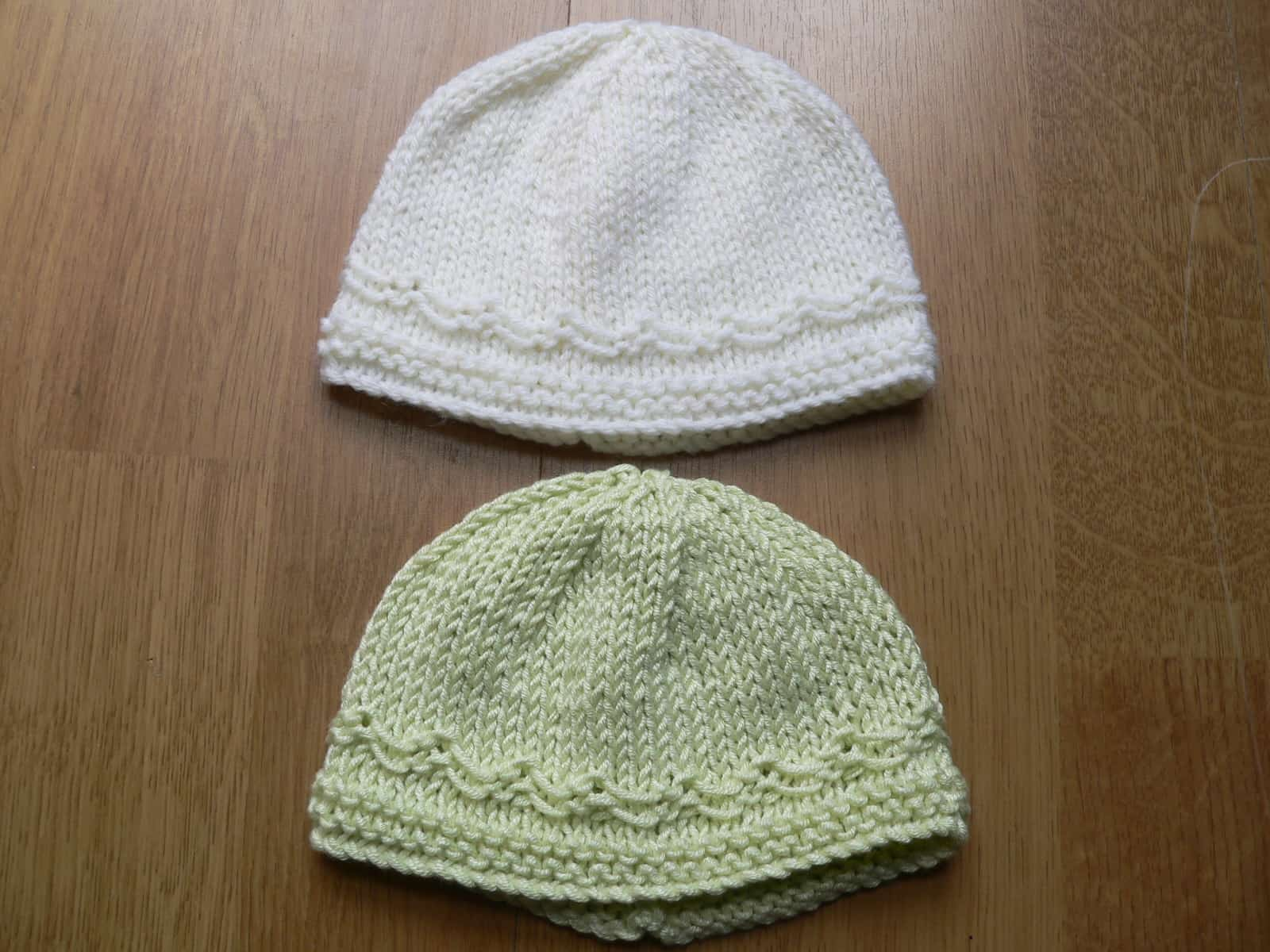 Swung stitches beanies