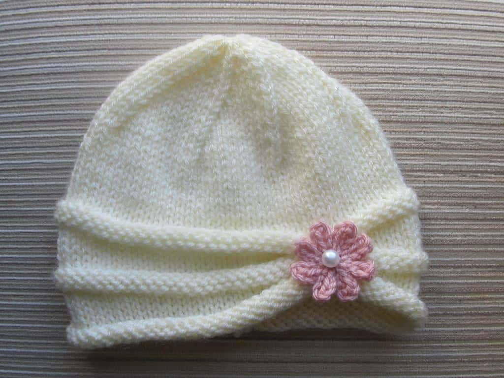 Simply Adorable  15 Super-Cute Knitted Newborn Hats 250b466c970