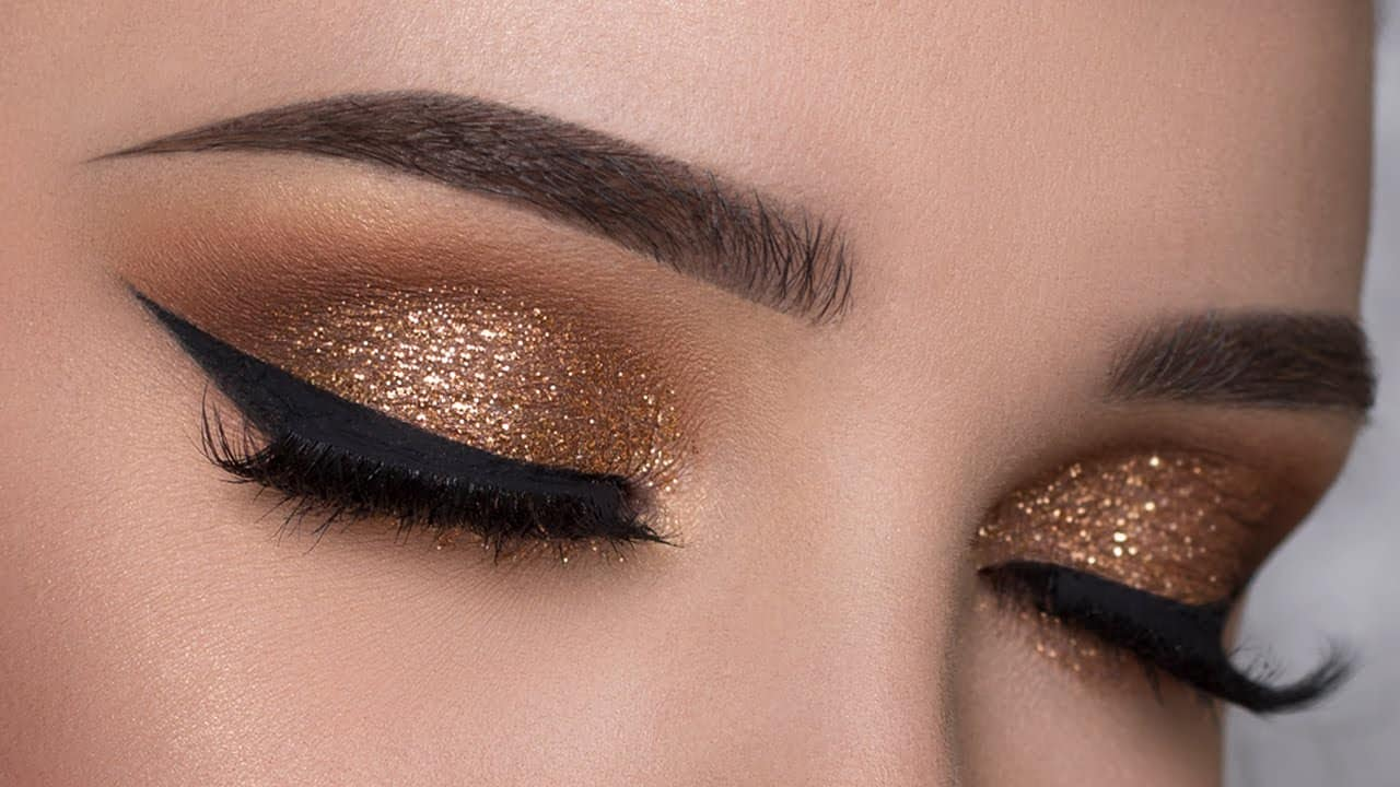 Copper glitter makeup