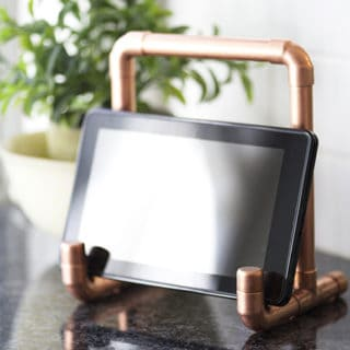 Simply Stunning: 15 DIY Decor Pieces You Can Make From Copper Pipes