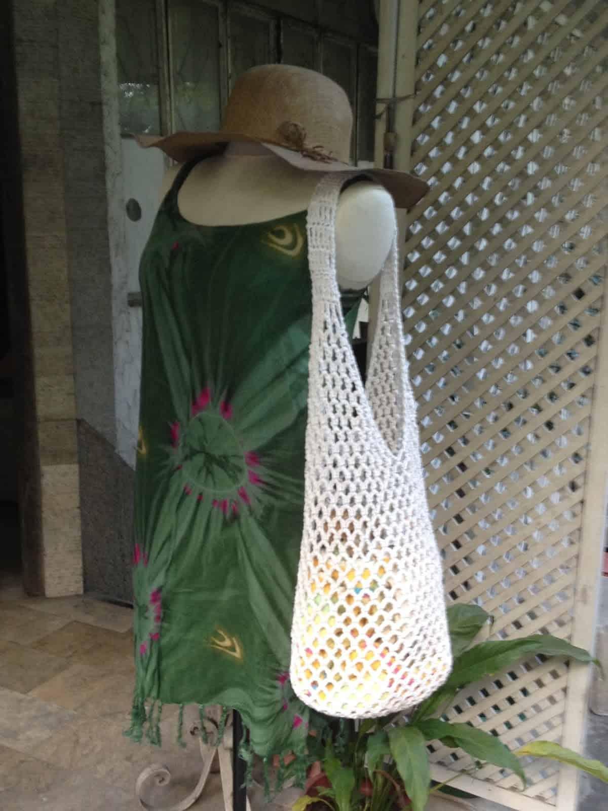 Crocheted mesh bag
