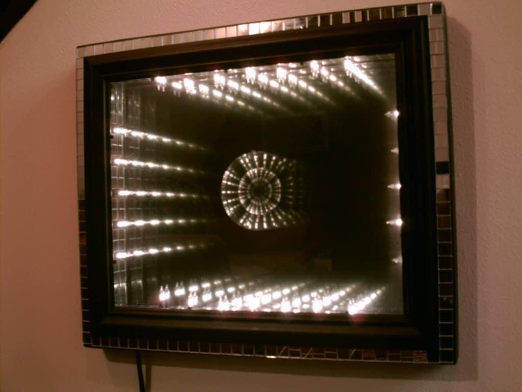 Disco infinity mirror